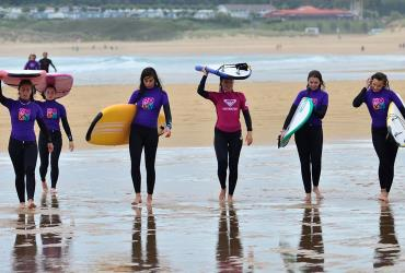 SURF CAMP CHICAS EN SOMO (CANTABRIA)